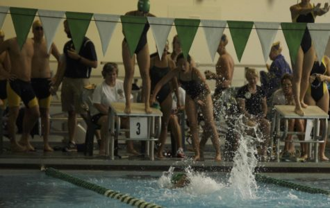 The girls 400 yard freestyle relay earlier in the season